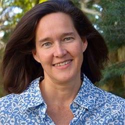 Claudia Cummins